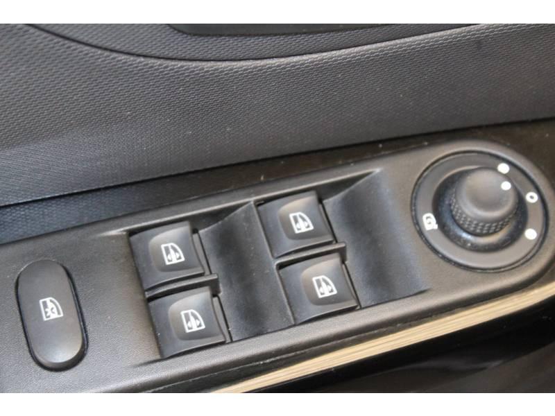 Renault Captur dCi 90 EDC Intens Gris occasion à TARBES - photo n°11