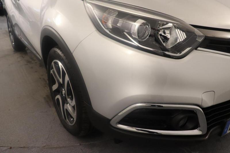 Renault Captur dCi 90 Energy ecoé Intens Gris occasion à Aubagne - photo n°8