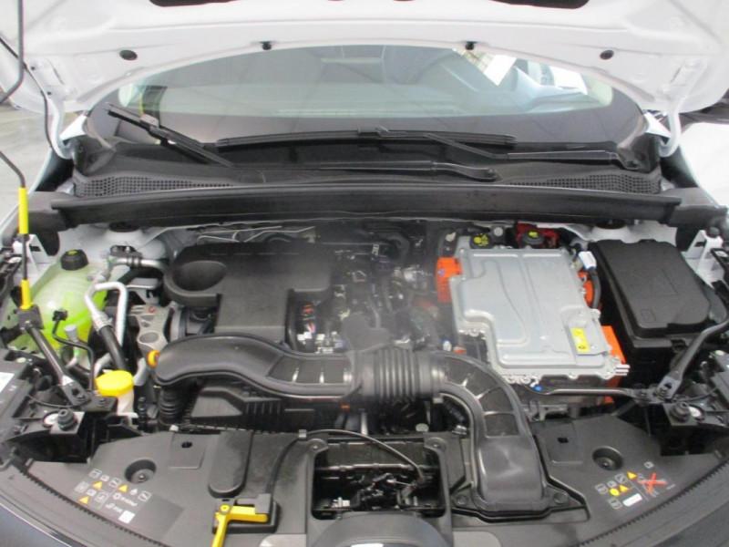Renault Captur E-Tech Plug-in 160 Intens Blanc occasion à CHERBOURG-EN-COTENTIN - photo n°6