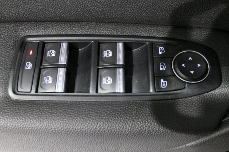 Renault Captur TCe 130 FAP Intens Noir occasion à LANNION - photo n°9