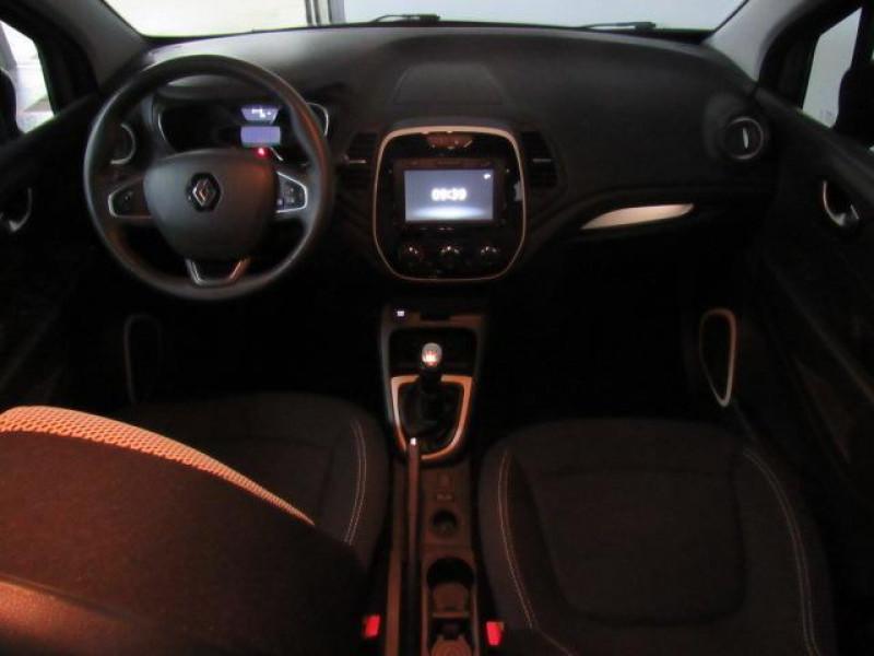 Renault Captur TCe 90 Zen Gris occasion à FLERS - photo n°11