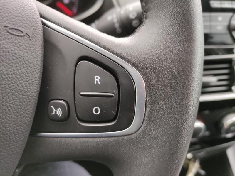 Renault Clio Estate 1.2 16v 75ch Limited Gris occasion à Samoreau - photo n°9