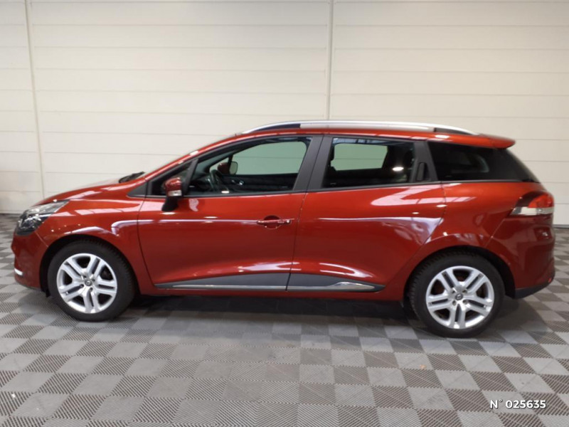 Renault Clio Estate 1.5 dCi 90ch energy Business 82g Rouge occasion à Seynod - photo n°7