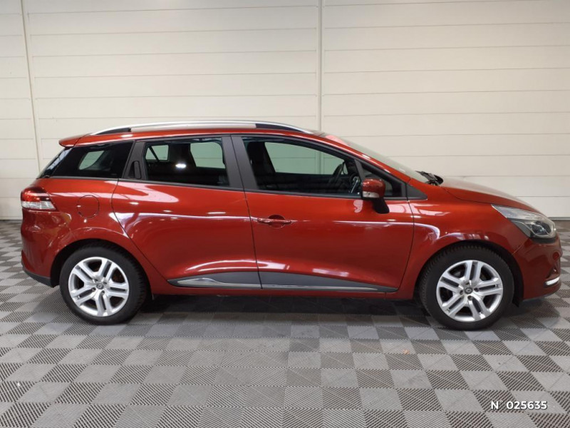Renault Clio Estate 1.5 dCi 90ch energy Business 82g Rouge occasion à Seynod - photo n°6
