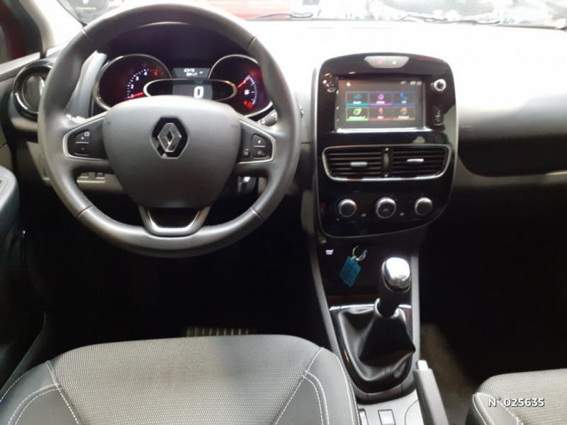 Renault Clio Estate 1.5 dCi 90ch energy Business 82g Rouge occasion à Seynod - photo n°8