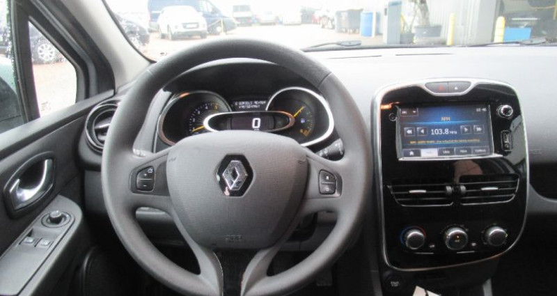 Renault Clio Estate IV ESTATE   dCi 90 Zen Gris occasion à Saint Parres Aux Tertres - photo n°7
