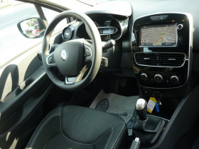 Renault Clio IV 1.5 DCI 90CH ENERGY AIR MEDIANAV ECO² 82G Blanc occasion à Toulouse - photo n°3