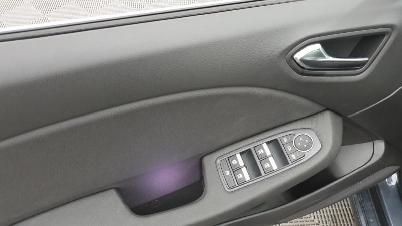 Renault Clio V 1.0 tce 90cv bvm6 intens Gris occasion à Ganges - photo n°12