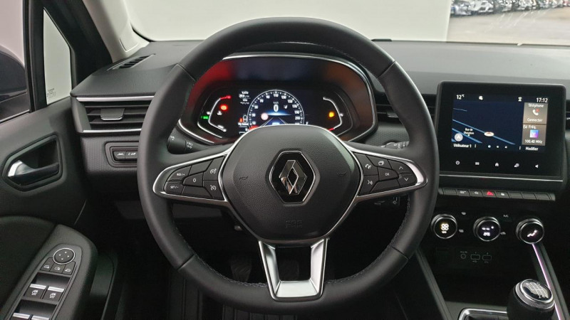 Renault Clio V 1.0 tce 90cv bvm6 intens Gris occasion à Ganges - photo n°13