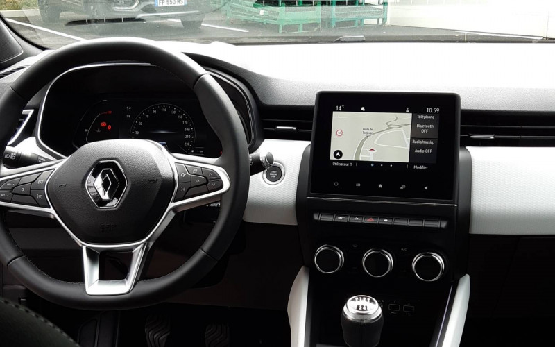 Renault Clio V Clio Blue dCi 115 Intens 5p Noir occasion à Auch - photo n°8