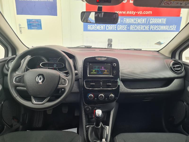 Renault Clio 0.9 TCe 75ch energy Limited 5p Euro6c Blanc occasion à Sens - photo n°9