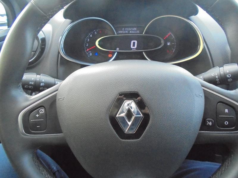 Renault Clio 0.9 TCe 90ch energy Business 5p GPS Gris occasion à Vert-Saint-Denis - photo n°9