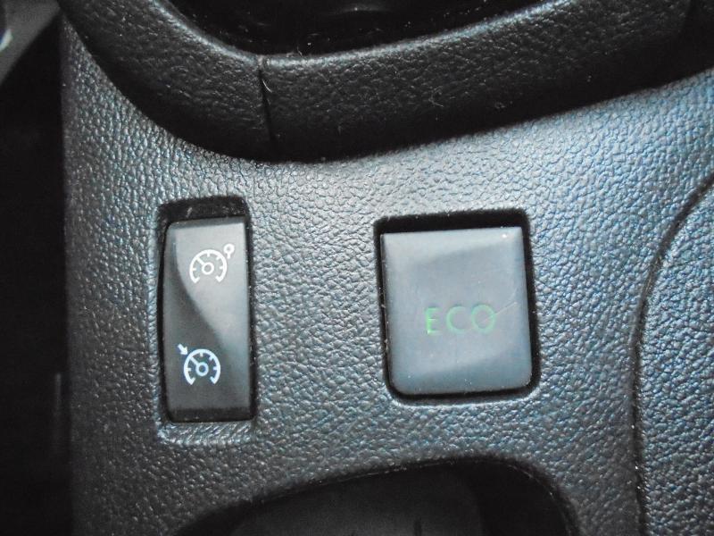 Renault Clio 0.9 TCe 90ch energy Business 5p GPS Gris occasion à Vert-Saint-Denis - photo n°13