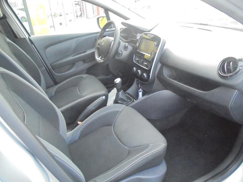 Renault Clio 0.9 TCe 90ch energy Business 5p GPS Gris occasion à Vert-Saint-Denis