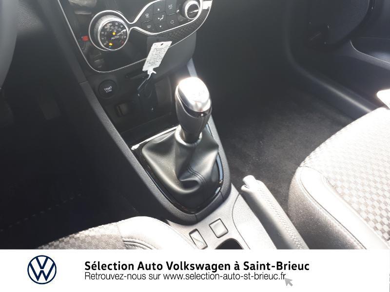 Renault Clio 0.9 TCe 90ch energy Intens 5p Euro6c Gris occasion à Saint Brieuc - photo n°10