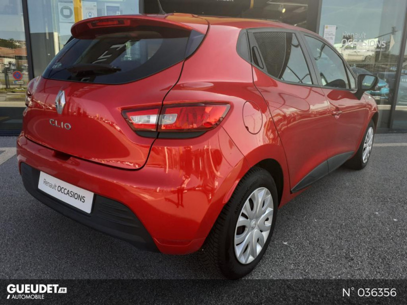 Renault Clio 1.2 16v 75ch Life 5p Rouge occasion à Dieppe - photo n°6