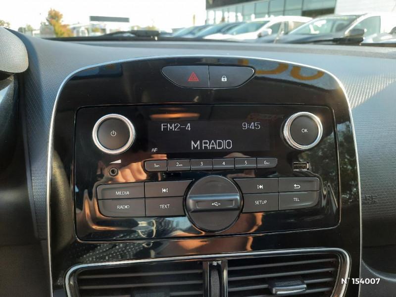 Renault Clio 1.2 16v 75ch Life 5p Gris occasion à Glos - photo n°11