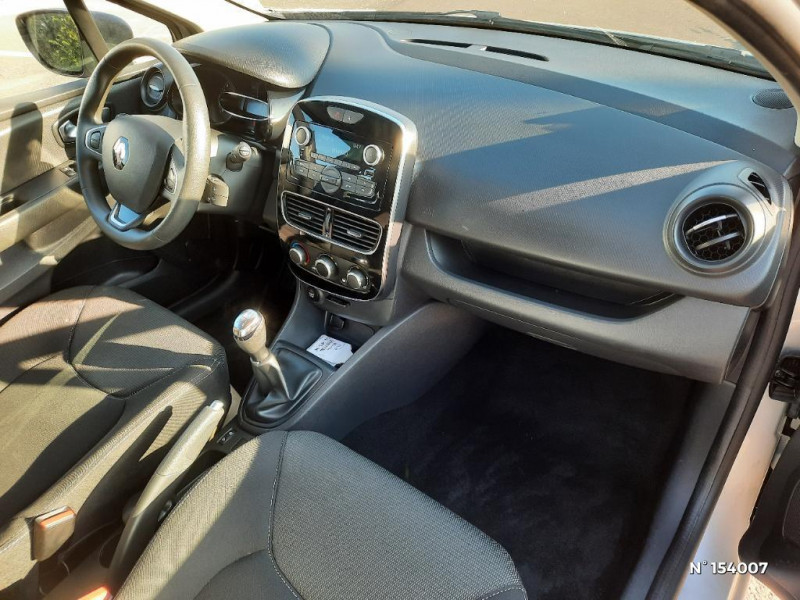 Renault Clio 1.2 16v 75ch Life 5p Gris occasion à Glos - photo n°4