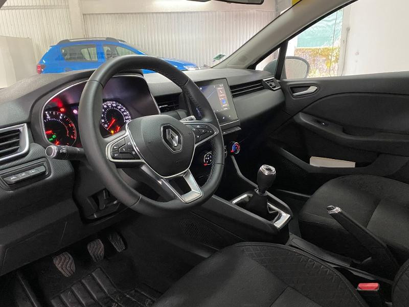 Renault Clio 1.5 Blue dCi 85ch Business Gris occasion à Villefranche-de-Rouergue - photo n°6