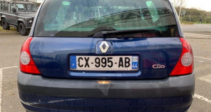 Renault Clio 1.5 DCI 65CH PRIVILEGE 5P Bleu occasion à REZE - photo n°4