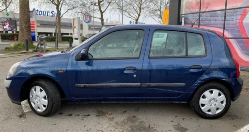Renault Clio 1.5 DCI 65CH PRIVILEGE 5P Bleu occasion à REZE - photo n°2