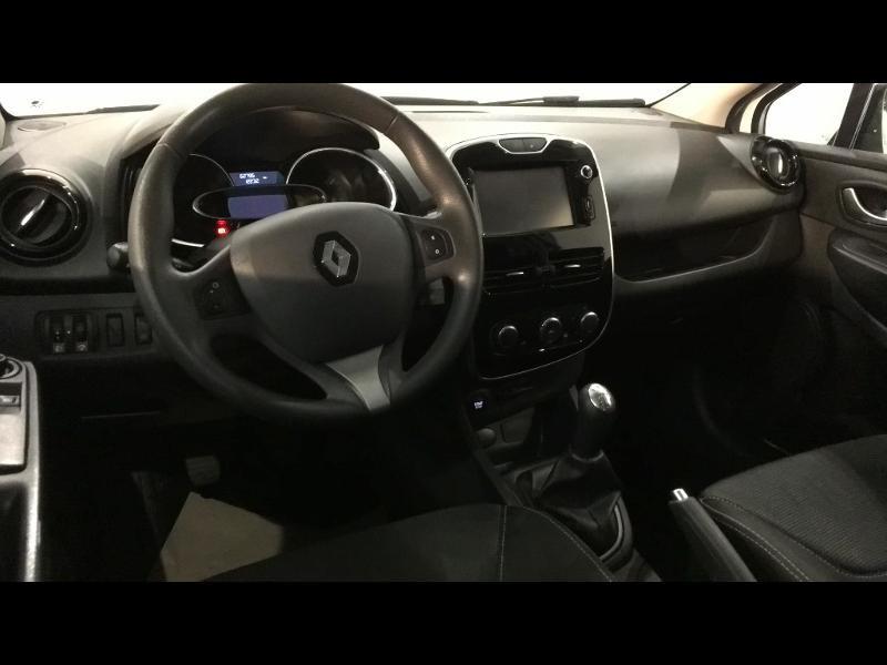 Renault Clio 1.5 dCi 75ch Air eco² 90g Blanc occasion à Albi - photo n°9