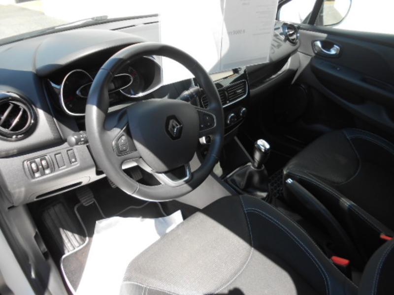 Renault Clio 1.5 dCi 75ch energy Zen 5p Blanc occasion à Rodez - photo n°5