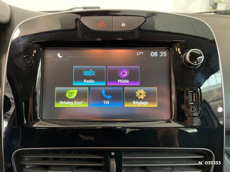 Renault Clio 1.5 dCi 75ch energy Zen 5p Blanc occasion à Beauvais - photo n°13