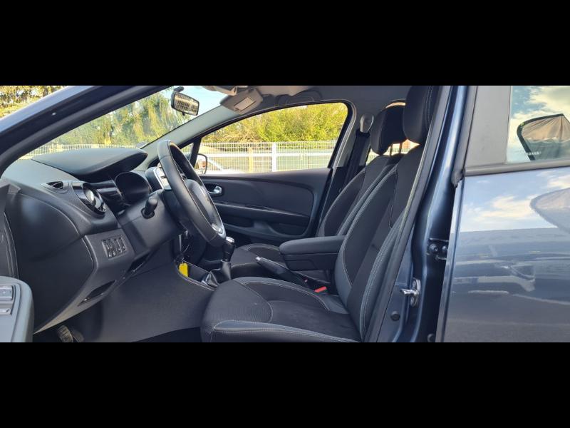 Renault Clio 1.5 dCi 90ch Business 5p Gris occasion à Auxerre - photo n°13