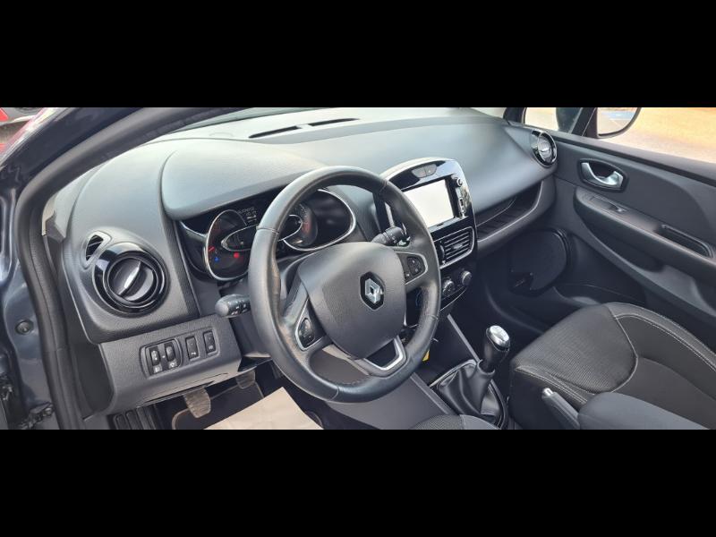 Renault Clio 1.5 dCi 90ch Business 5p Gris occasion à Auxerre - photo n°12