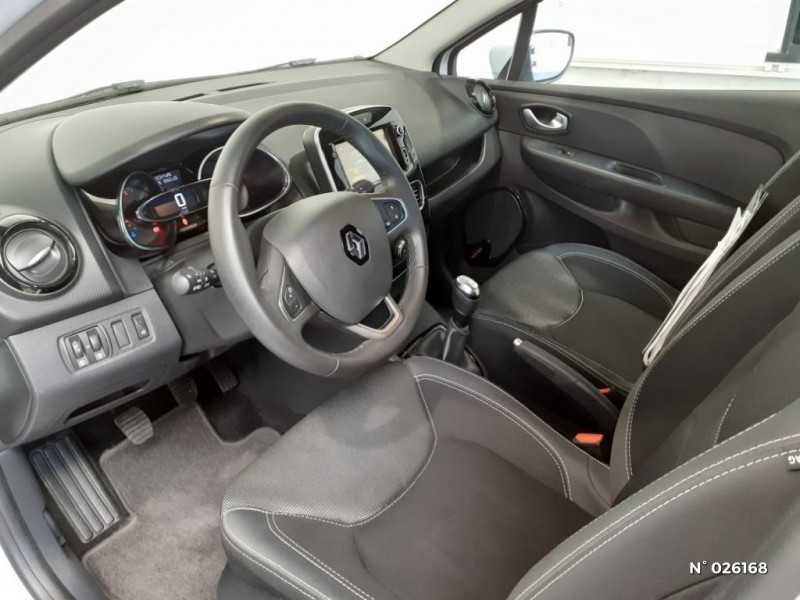 Renault Clio 1.5 dCi 90ch energy Business 5p Euro6c Blanc occasion à Seynod - photo n°4