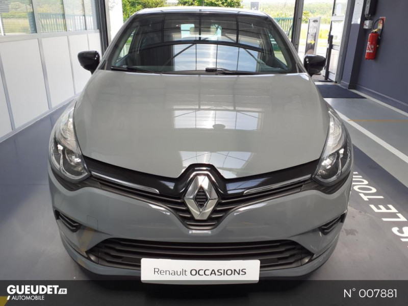 Renault Clio 1.5 dCi 90ch energy Limited 5p Euro6c Gris occasion à Saint-Just - photo n°2