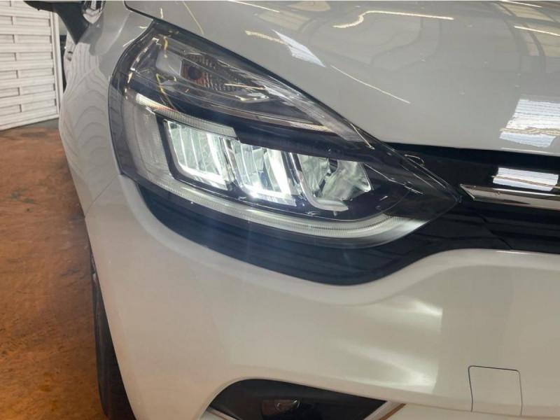 Renault Clio 1.5 Energy dCi 90 CH Intens + Options Blanc occasion à Lormont - photo n°18