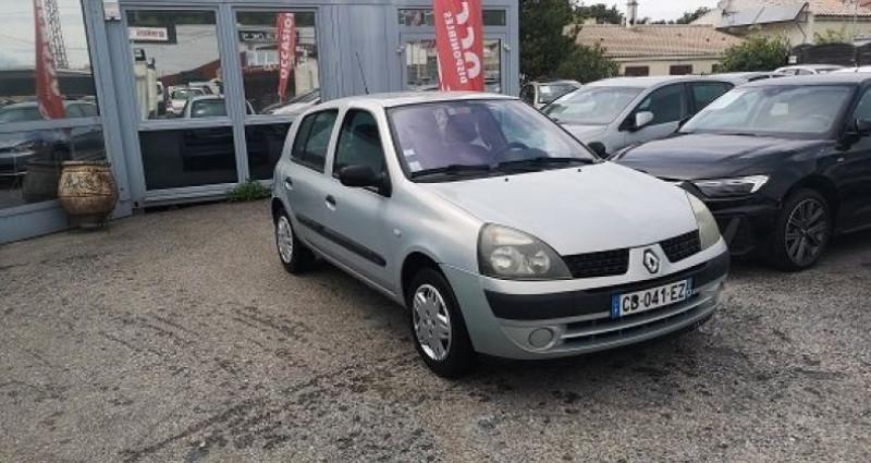 Renault Clio CONFORT Gris occasion à Les Pennes-Mirabeau - photo n°2