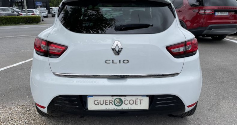 Renault Clio IV 0.9 TCE 75CH ENERGY LIMITED 5P EURO6C Blanc occasion à GUER - photo n°4
