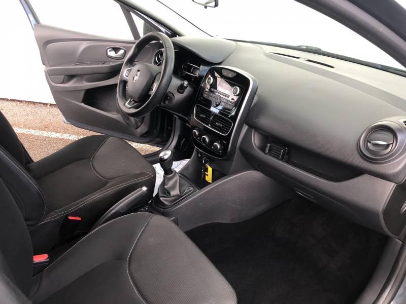 Renault Clio IV 1.2 16V 75 Life Gris occasion à Langon - photo n°9