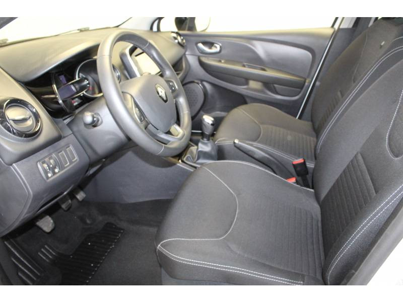 Renault Clio IV 1.2 16V 75 Limited Blanc occasion à TARBES - photo n°6