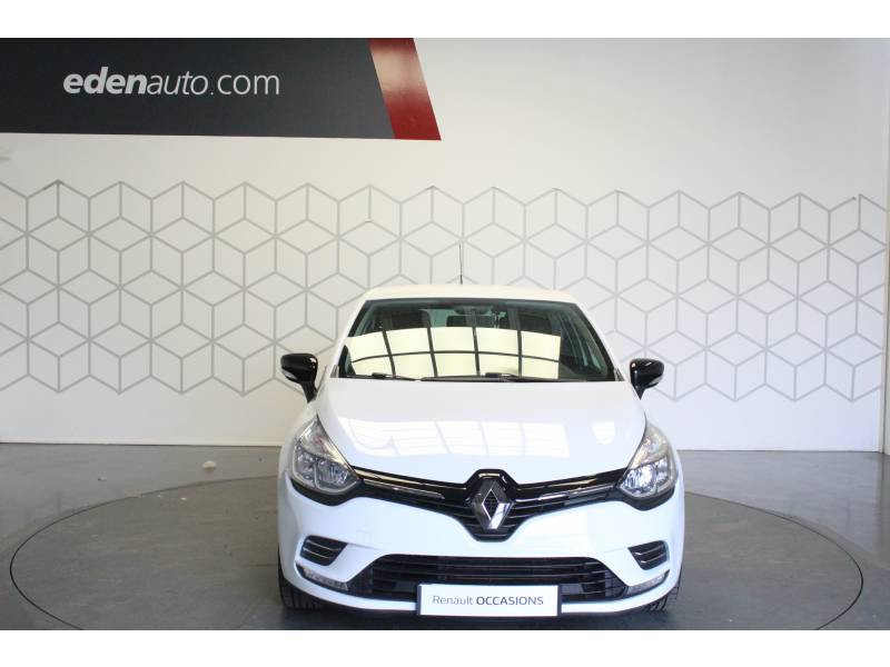 Renault Clio IV 1.2 16V 75 Limited Blanc occasion à TARBES - photo n°2