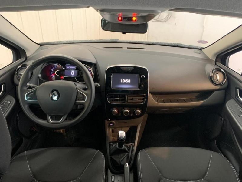 Renault Clio IV 1.2 16V 75 Limited Gris occasion à CONCARNEAU - photo n°10