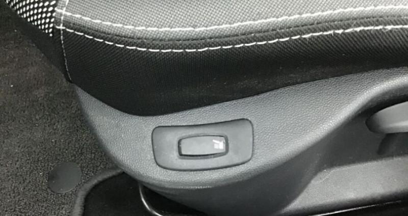 Renault Clio IV 1.5 dCi 90 ZEN GPS Noir occasion à CHANAS - photo n°6