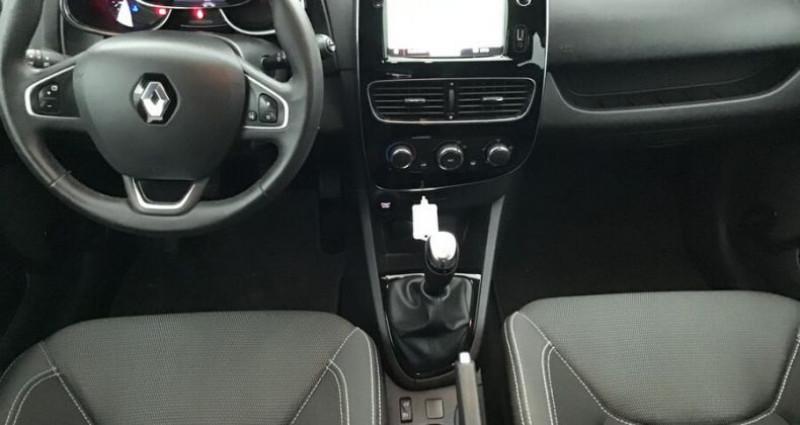 Renault Clio IV 1.5 dCi 90 ZEN GPS Noir occasion à CHANAS - photo n°3