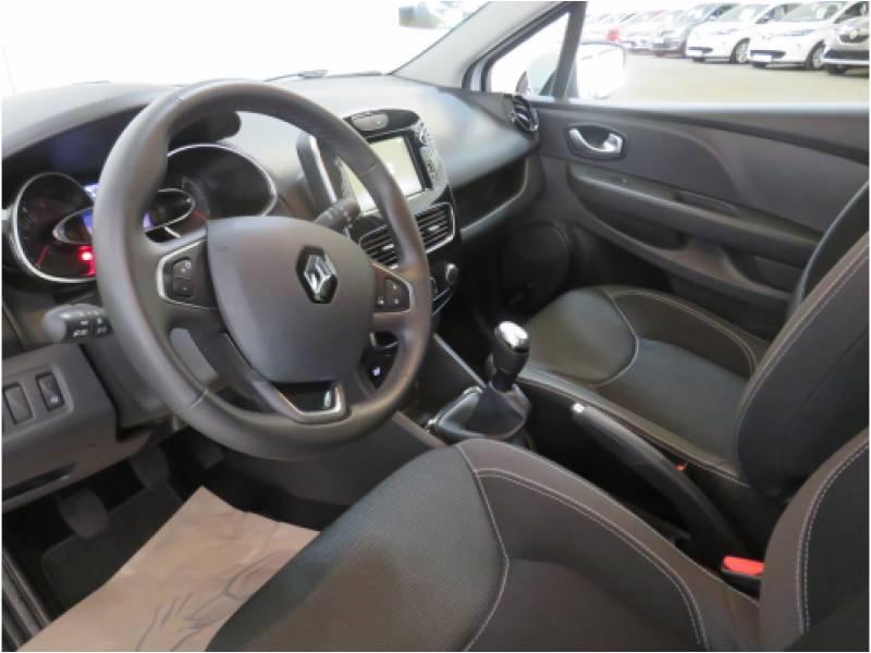 Renault Clio IV BUSINESS dCi 75 E6C Blanc occasion à BAYONNE - photo n°5