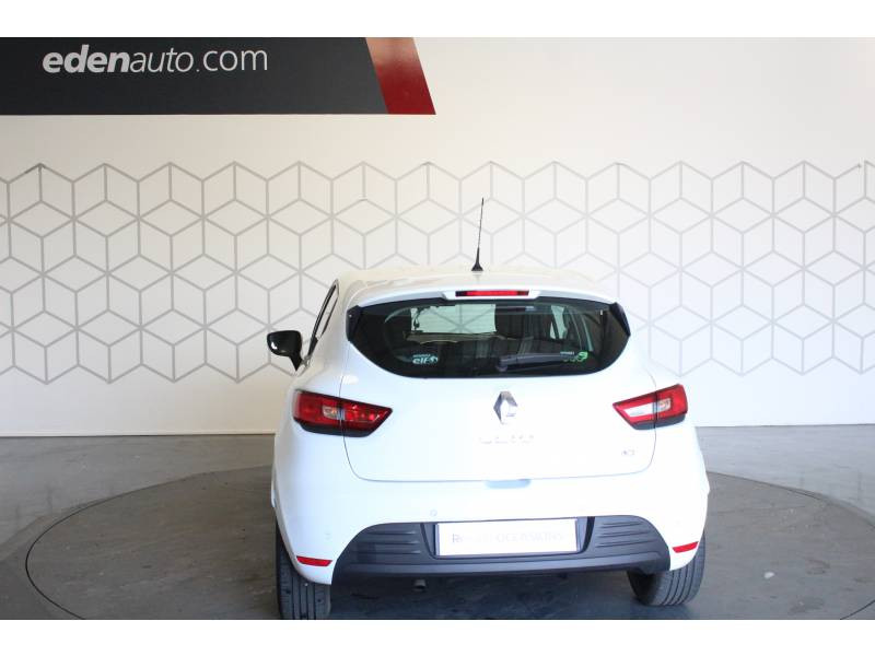 Renault Clio IV BUSINESS dCi 75 Energy Blanc occasion à TARBES - photo n°4