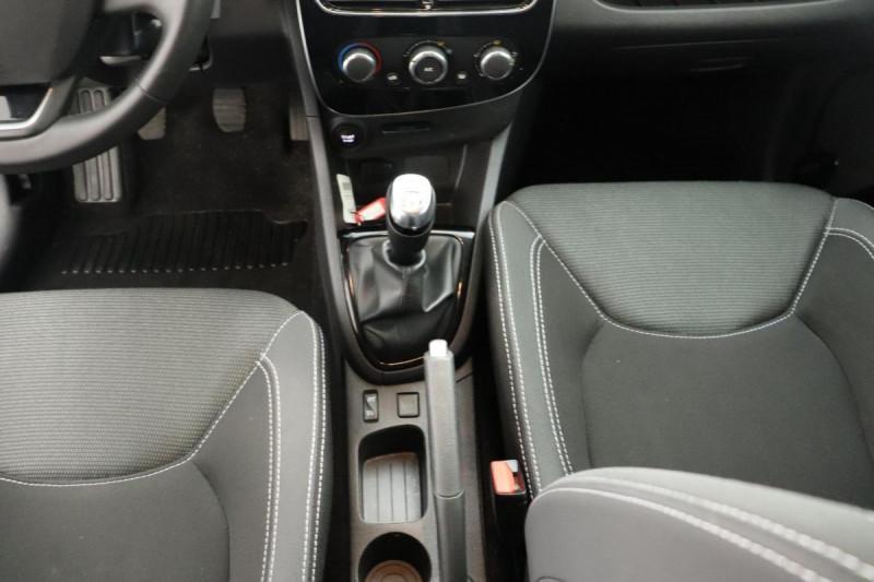 Renault Clio IV BUSINESS dCi 75 Energy Gris occasion à Mérignac - photo n°12