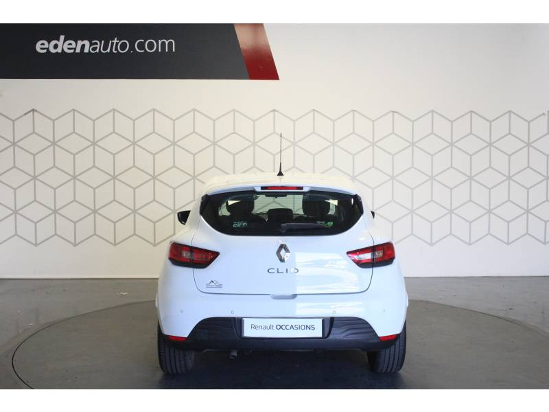 Renault Clio IV BUSINESS dCi 75 Blanc occasion à TARBES - photo n°4