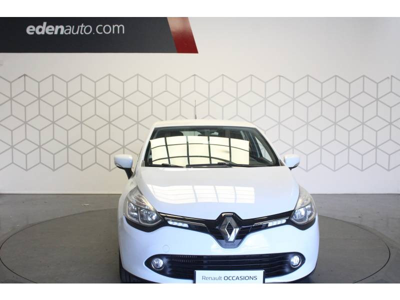Renault Clio IV BUSINESS dCi 75 Blanc occasion à TARBES - photo n°2
