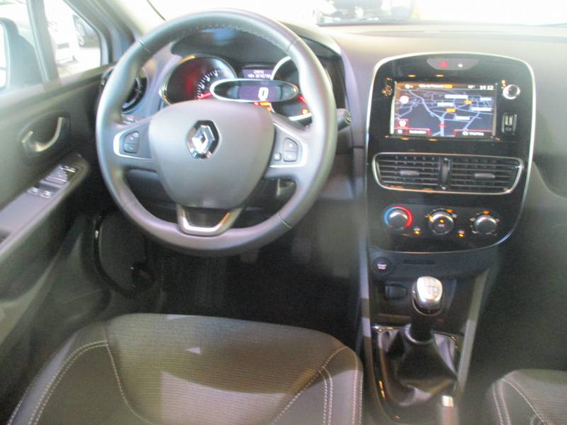 Renault Clio IV BUSINESS dCi 90 E6C Gris occasion à Lannemezan - photo n°3
