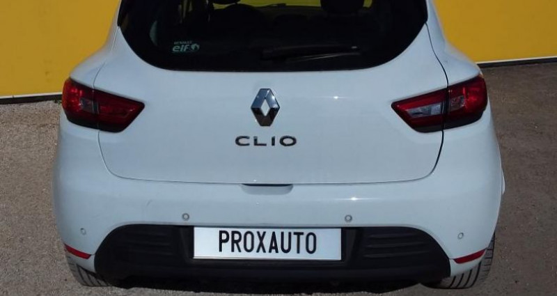 Renault Clio IV BUSINESS dCi 90 Energy 82g Blanc occasion à Fontenay-le-vicomte - photo n°5