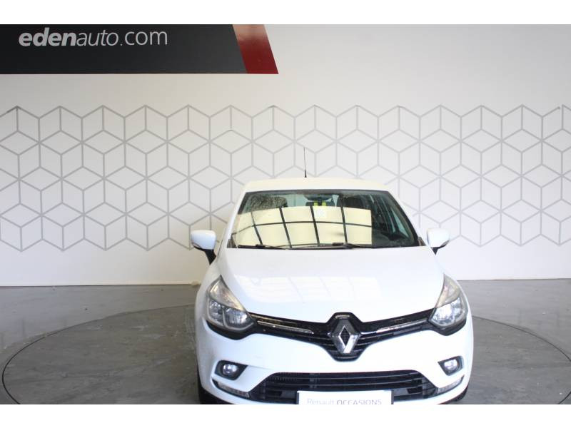Renault Clio IV BUSINESS dCi 90 Energy 82g Blanc occasion à TARBES - photo n°2