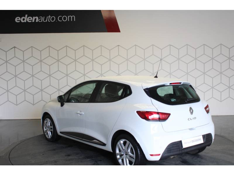 Renault Clio IV BUSINESS dCi 90 Energy 82g Blanc occasion à TARBES - photo n°10